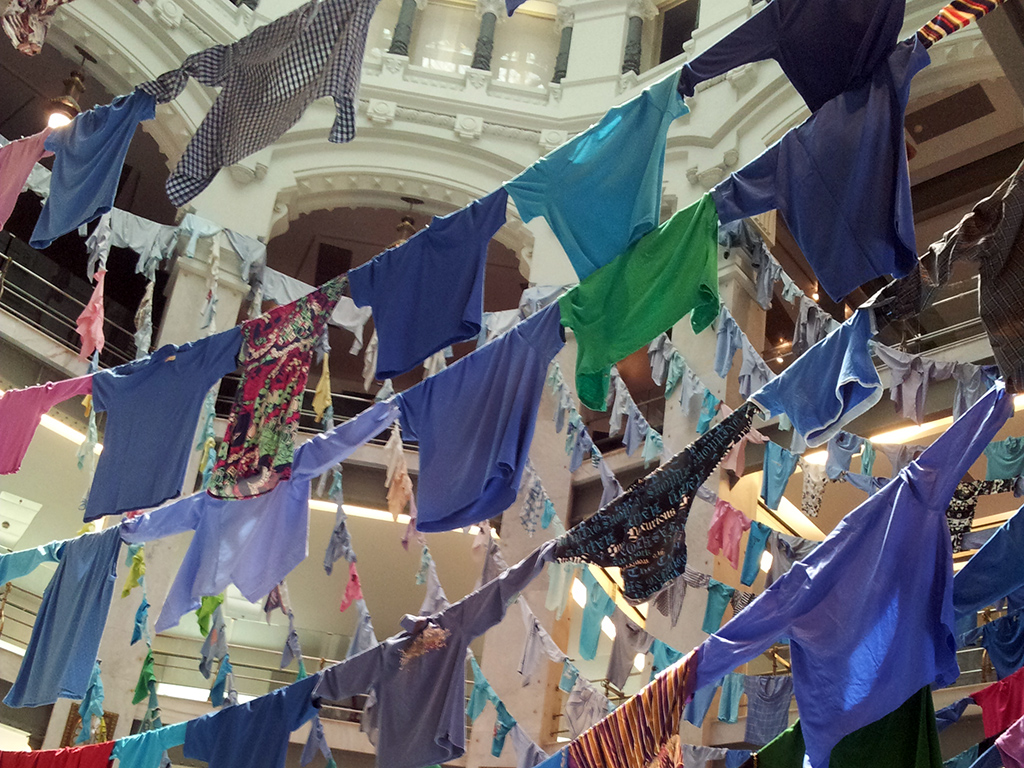 V Bienal de Arte Contemporaneo de la Fundación Once. Obra de Kaarina Kaikkonen. Palacio de Cibeles julio 2014