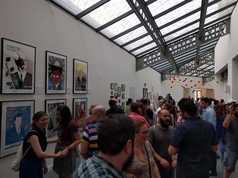 Imagen de la inauguración de la exposición Ciencia de Acogida